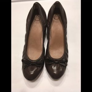 "Johnston & Murphy Women 2"" Heel Leather Pumps"